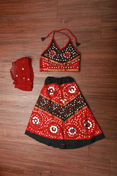 RED BLACK CHANIYA CHOLI