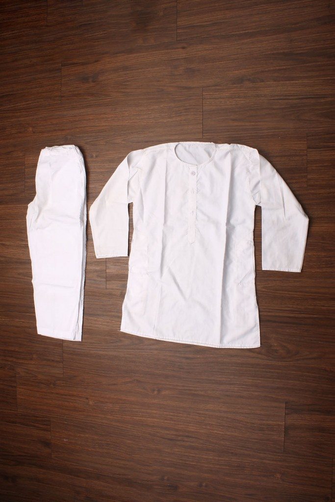 White kurta pyjama for kids