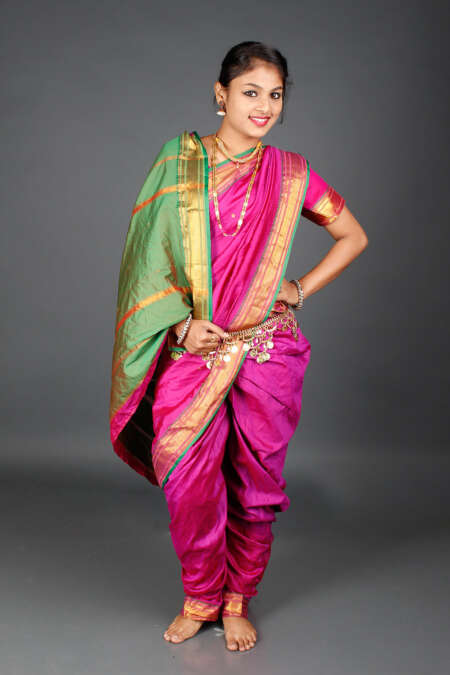 Readymade nauvari saree by rentsake.com