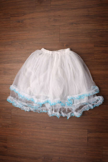 White net frill skirt by rentsake.com
